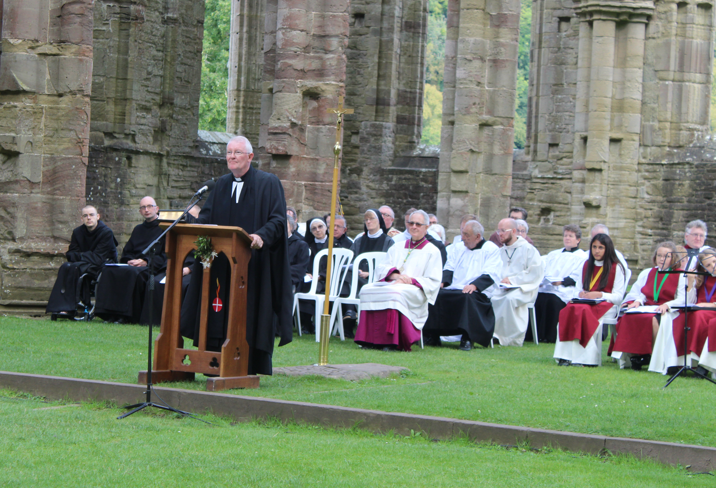 The Rt Revd Tim MacQuiban gives the homily